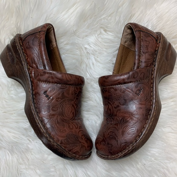 boc Shoes - B.O.C by Born Engraved Wedge Comfort Shoes sz 8.5